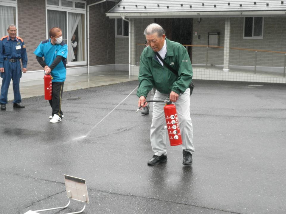 5月28日 「消防避難訓練」