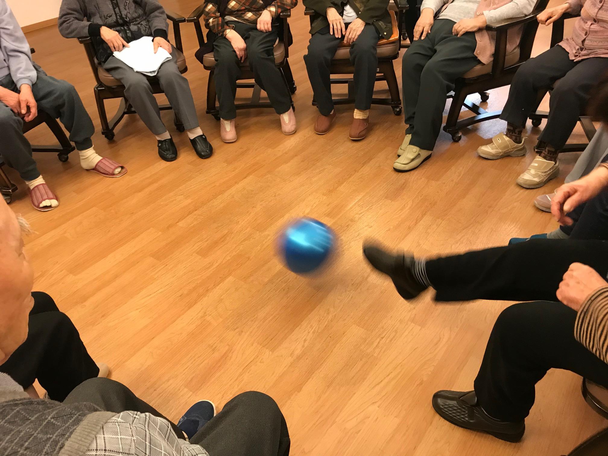2019年12月「ボール遊び」