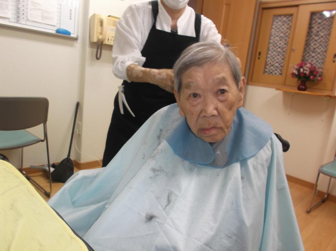 2021年7月14日「散髪でスッキリ!」